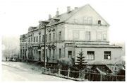 Das ehemalige Konzert- und Ballhaus an der Erfenschlager Straße