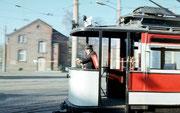 historischer Wagen Nr. 69 bei der Fahrt in Richtung ZH