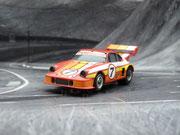 AURORA AFX Porsche 934 RSR GTU rot/gelb/weiß #7