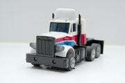 Peterbilt Truck gelaugt weiß-blau-rot