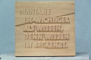 Schrift, Linde, 40x42 cm