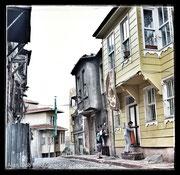 vieilles maisons d'Istanbul, entre le quartier de sultanahmet et de l'universtité