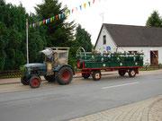 Der Festwagen für die Senioren.