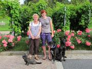 Anna mit Oma Gisela und den 3 in Dresden