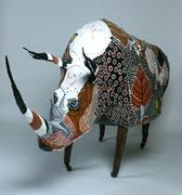 """""""Rhinoroulécéros"""" (180 long-80 ht- 60 larg cm) sculpture papier- détournement d'objets, peinture, ArtBouliet"""