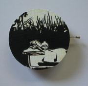 Musikpüppi, 2011, D = 13,5 cm,T = 4,5 cm, Acryl,, Lack auf Siebdruckplatte, Musikspilewerk
