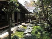 内田家の表庭