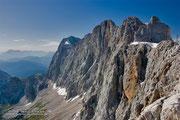 """Dachstein-Südwand: hier geht der Klettersteig """"Johann"""" knackig in die Senkrechte"""