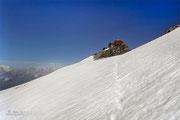 Querung des letzten Schneefeldes vor dem Zittelhaus