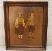 4041/ Intarsienbild Vierländer Paar ~1980, o. Sign., Jan Brumby, 39x33cm, EUR 110,-
