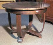 KT0151/ Tisch ~1930, Nussholz, EUR 150,-