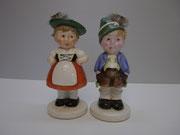 3351/ Trachtenpaar, Keramik ~1930, H 17cm, EUR 64,-