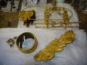 Eléments restaurés et dorés en attente de remontage