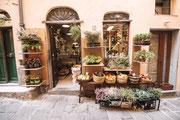 typischer italienischer Lebensmittelladen in Portovenere