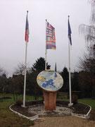 """Le monument commémoratif """" centre géographique de la 1ère zone euro"""""""