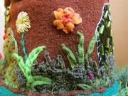 Фрагмент вышивки домика Мишки
