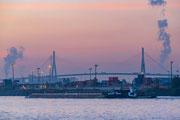 Köhlbrandbrücke am frühen Morgen