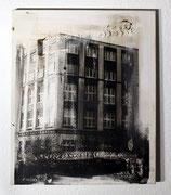 Urban Studies (Essen 1930), Acrylfarbe und belichtete Silbergelatine auf Leinwand, 1997