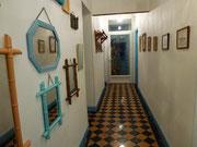 L'accès aux chambres par le long couloir, typique des maisons lorraines