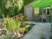 La terrasse ensoleillée l'après-midi