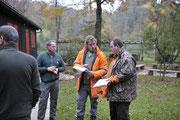 Lagebesprechung Jagdleiter und Treiberchef