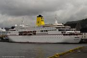 die alte MS Deutschland - das Traumschiff