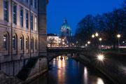 Hannover in der Nacht bei klirrender Kälte