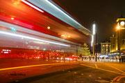 London mit eifrigem Treiben in der Nacht
