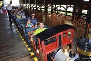 Am liebsten fahre ich in der Lokomotive.