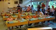 Das Klassenzimmer.