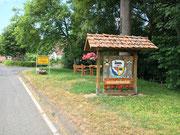 Der Lüderbacher Dorfeingang von Osten.