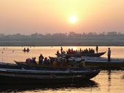 Indien, Varanasi auf dem Ganges