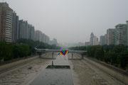 China, Beijng, Drachen steigen lassen