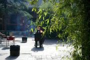 China, Beijng, Im Hof des Lamatempels