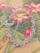 Double Spiral Bracelet  (¥9,100)