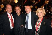 Gérard COLLOMB et Richard BERRY, entourés de Max et Michèle LEFRANCQ-LUMIERE - Festival Lumière 2013 - Lyon - Photo © Anik COUBLE