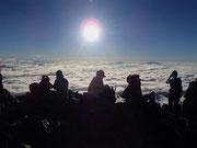 五竜岳山頂で休憩