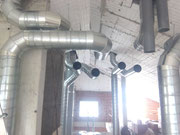 Sala máquinas con conducto helicoidal