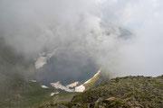 Lago nella nebbia