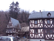 Innen wurden beide Gebäude mit Lehmdämmsteinen gedämmt ...