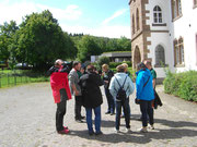Im Hof Abtei Mariawald.