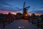 Nachtfotografie: Dageraad bij molen De Kraai in Sloten (Fr)