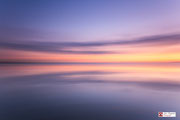 Abstacte benadering van de zonsondergang, genaamd: Silence of the seas.