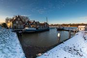 Een foto van de buitenhaven van Puttershoek (Zuid-Holland, Nederland)
