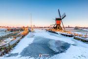 'Icy mill', gefotografeerd tijdens ene ijskoude morgen ergens in Zuid-Holland
