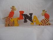 Giraffe - Name - Giraffe liegend
