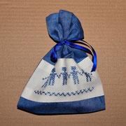 Lavendelsackerl von mir genäht und bestickt - Dezember 2013