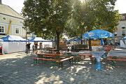 NK_Stadtpark_2013-09-07_001 - Über den Hauptplatz geht es zum Stadtpark.