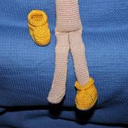 Puppe Lisa - April 2015 - Die Schuhe konnte sie dort nicht ausziehen, hatte keine Füße, ich hab solange getüftelt bis ich Füße hatte, die in die Schuhe passten.