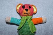 Bunter Bär für Sebastian B. - Dezember 2014 - Diesen Bären hat sich Sebastian gewünscht aus dem oben genannten Buch ausgesucht.